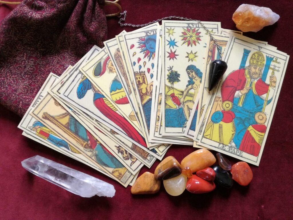 Cartas tarot gemas. Tarot sin Gabiente