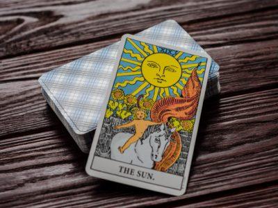 Guía De La Cartas Del Tarot: El Sol